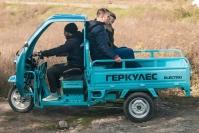 27 Трехколесный грузовик Днепр